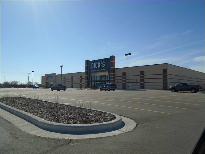 Dick's PetSmart Center